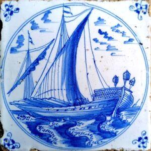 Statek, przedstawienie wpisane wpodwójny medalion, ornament narożnikowy typu pająk, Amstardam koniec XVII w. (2)